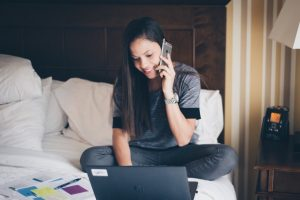 a woman contacting best resume writing company