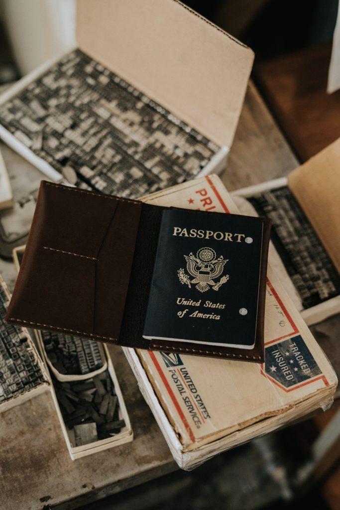 US passport - find a job abroad