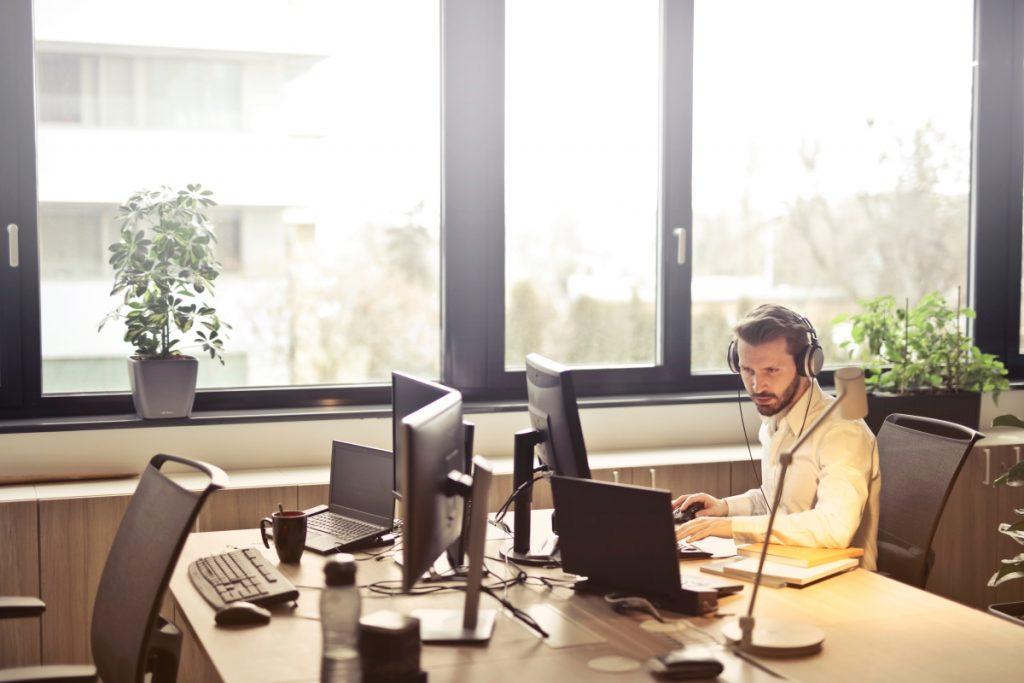 Customer service representative top skills you should know