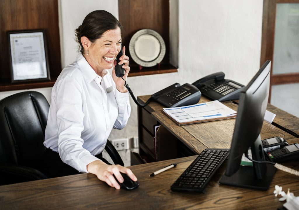 Reviewing an example of a receptionist job description prepares you for your job application.