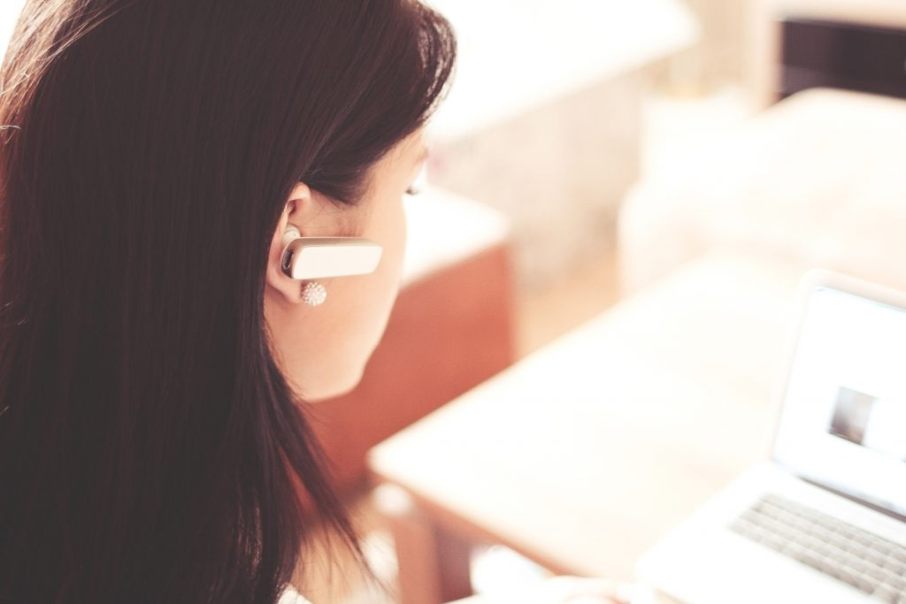 Customer Service Job Guide to Know if this Field is Perfect for You